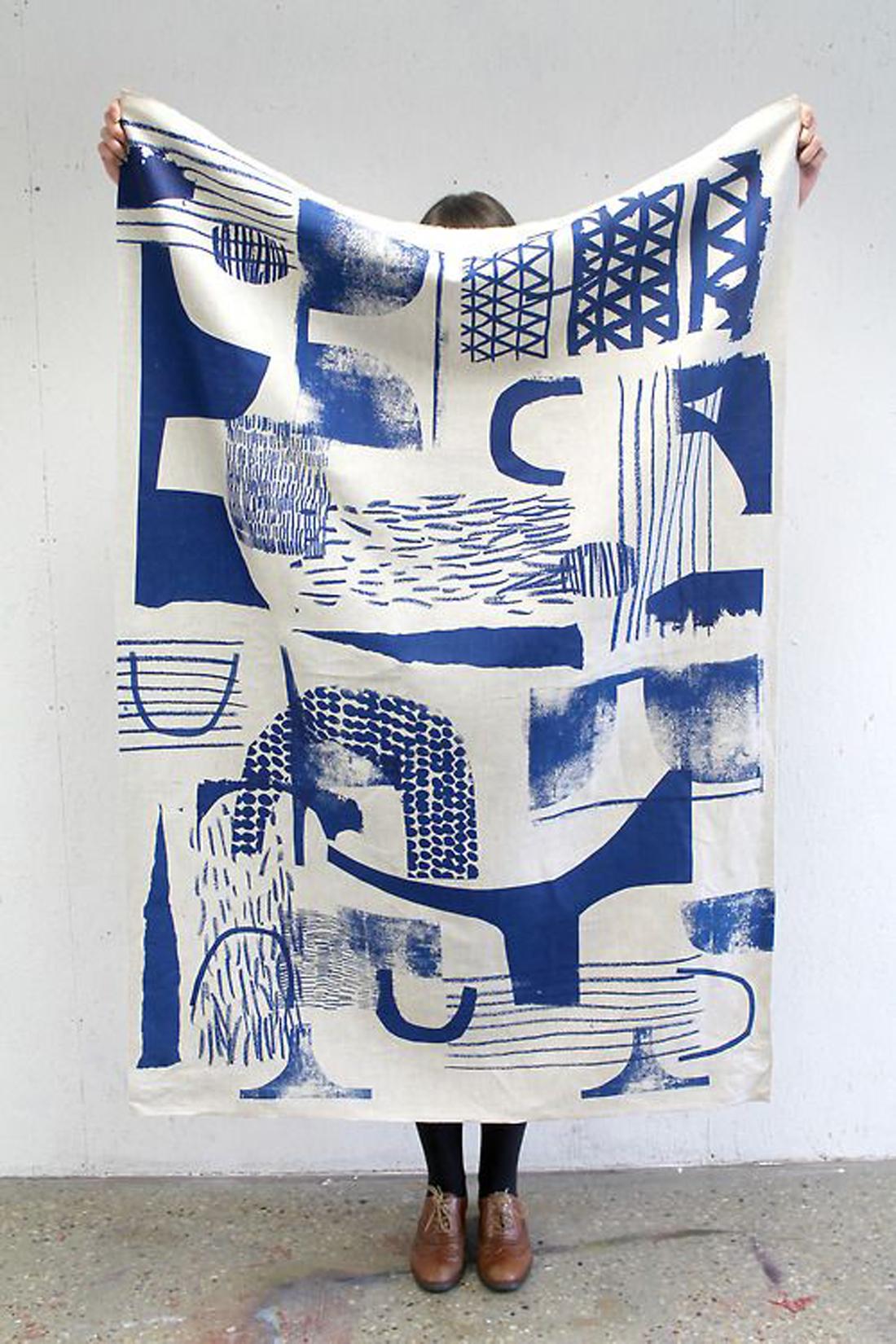 עיצוב בכחול לבן 06